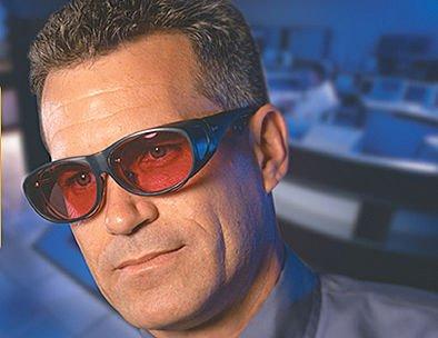 ภาพตัวอย่างแว่นตาสำหรับป้องกันแสงเลเซอร์